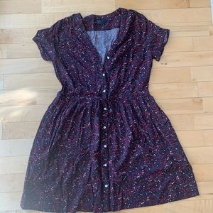 GAP short sleeve dress, multi colored waist cinch